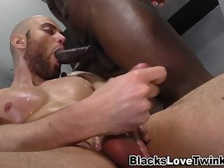 Gay white amateur fucked