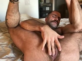 Brown-hair gay muscle cock mp4