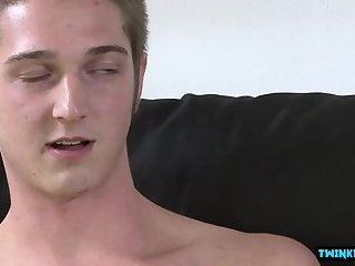 Big dick twinks oral sex and cumshot