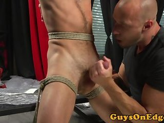 Edge fetish stud cocksucked by muscle top