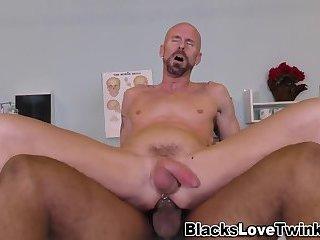 Buff amateur rides cock
