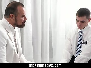 MormonBoyz - Virgin missionary stroked and sucked by priest daddy