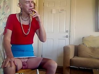 WHITE SISSY PLEASES DAILY. !!!!