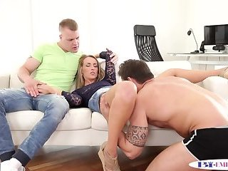 Handsome stud drilled after pussylicking
