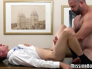 Skinny twink paying his tribute to elder and trying his jizz