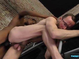 Big dick twinks interracial with facial cum
