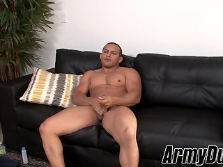Horny muscular guy Vincent beats his own thick meat