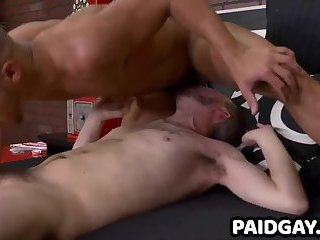 Straight interracial hunk and stud jock give blowjobs