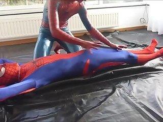 Spiderman Meets Spiderman