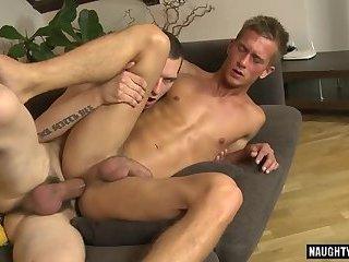 Big dick daddy oral sex and cumshot