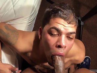 lusty Interracial deep face hole And bareback