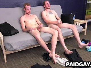 Straight twin hunks watch each other give handjobs