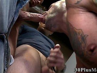 Gloryhole threeway fuck
