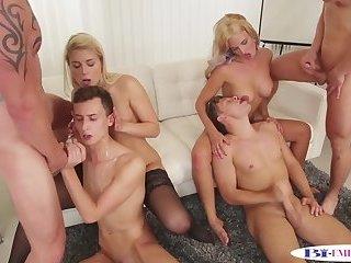Bi couples enjoy assfucking during orgy
