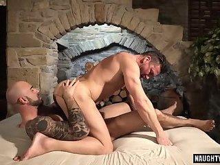 Big dick boyfriend bareback and cumshot