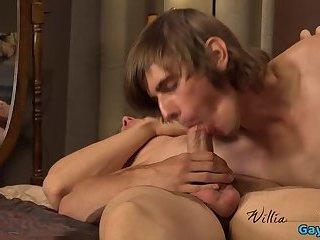 Hot gay blowjob and cumshot