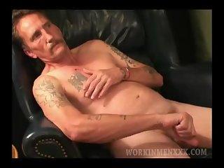 Mature Amateur Curtis Jacks Off