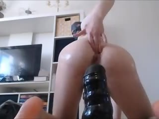 SWEET twink abuses his hole