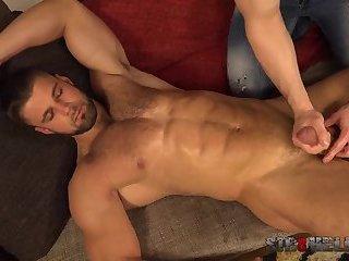 Leo Lombar - Hot Ass (2018)