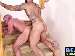 Voluptuous bear pumps raw cock deep and hard into asshole