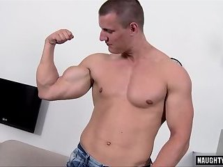 Muscle daddy casting with cumshot