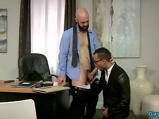 Big dick bear anal sex with cumshot