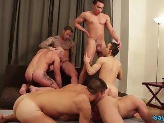 Hot gay bareback with cumshot