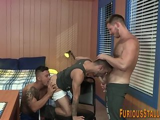 Muscle hunks ass pounded