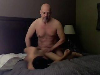 Daddy love to cum on my sexy face