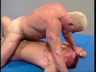 Brett Akers Wrestles John Mangoss