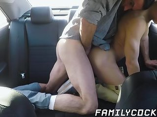 Bearded stepdad bare fucks his cute stepson on the backseat