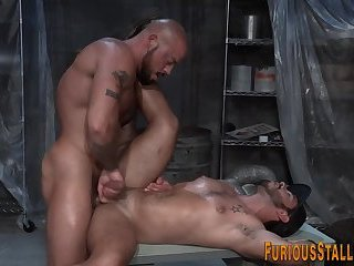 Gay guy blows big cock