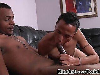Black amateur jizzes face