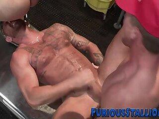 Muscular trio ass fucking
