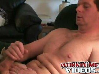 Amateur mature hunk solo masturbates his big hard dick