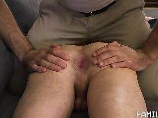 THE APPLE OF HIS EYE - FAMILY DICK