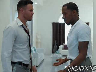 Interracial anal sex with muscular hunks Beau Reed and Deep Dic