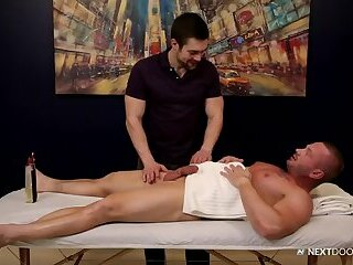 James Huntsman & Griffin Barrows - Celebrity Massage