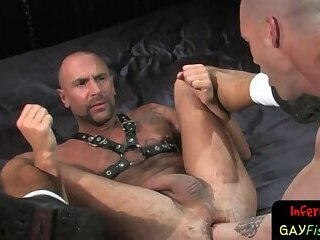 Lubed up hunk is stretched beyond threshold