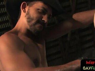 Hunky maledom stretching slaves asshole