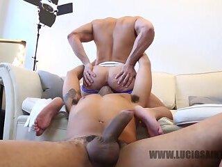 Hot girl spandex pussy