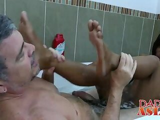 Jap dude with long hair gets banged roughly in a bathtu