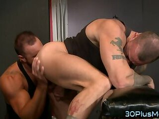 Muscled hunk fucked raw and rimmed