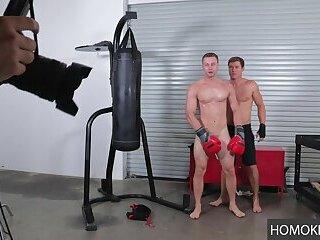 White Gay Horny Boys Justin Matthews and Brandon Evans Going Bareback