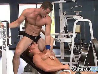 Muscle jock anal and cumshot