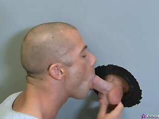 Meet up for some glory hole action