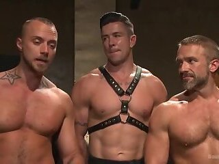 Muscled Hunks Torment