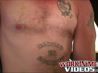 Rugged amateur hunk cums during strong jerkoff session