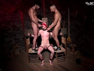 Naked boys indulge in gay 3sum for older producer