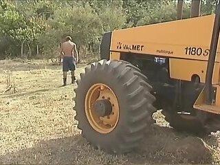 Marcio Rosa in a threesome at farm